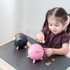 Pusculita Piggy PLAN TOYS - Black